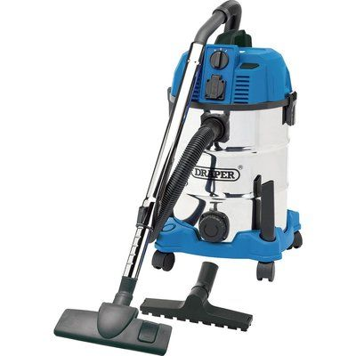 Draper 30L Wet and Dry Vacuum Cleaner With Integrated 230v Power Socket 1600W 240v