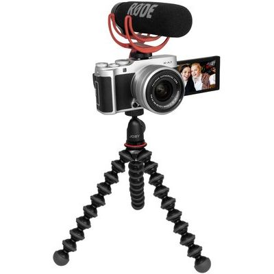 Fujifilm X-A7 Mirrorless Camera Vlogger Kit with FUJINON XC 15-45 mm f/3.5-5.6 OIS PZ Lens - Silver